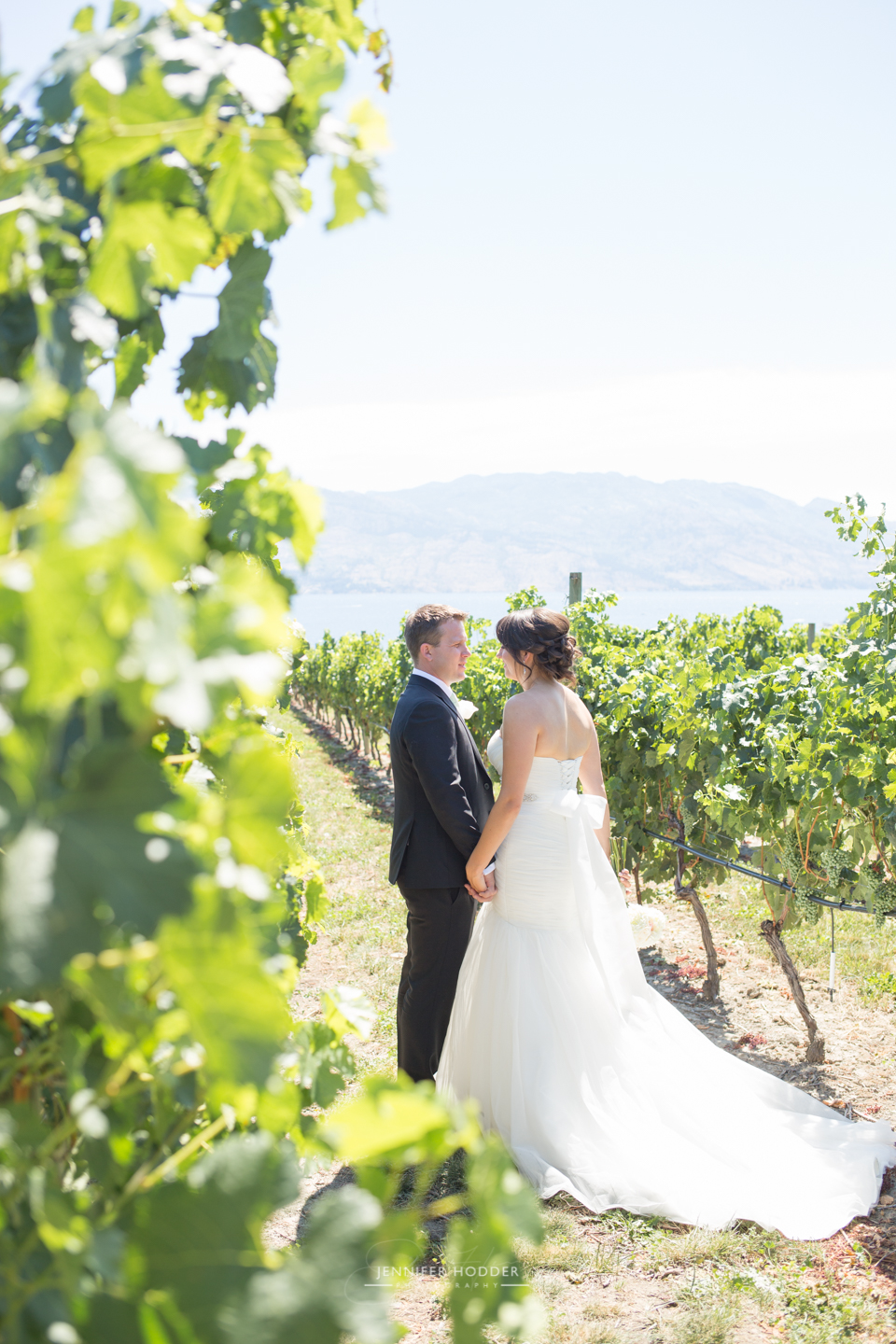Quails-Gate-Kelowna-Wedding-5291
