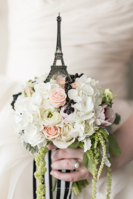 romantic paris wedding photographer