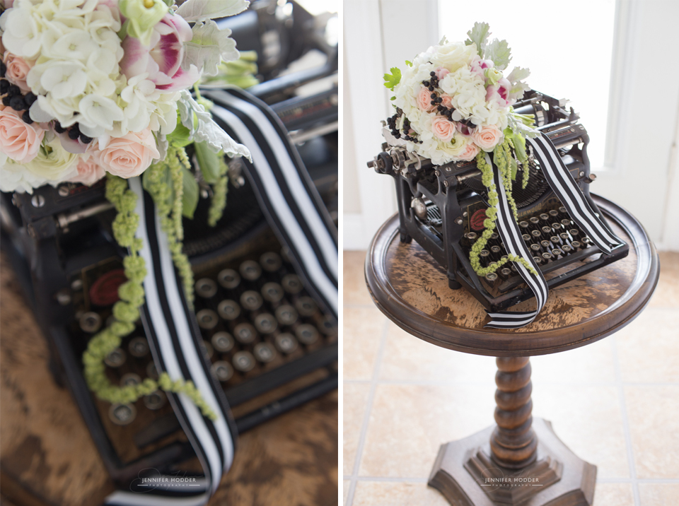 vintage typewriter & wedding bouquet