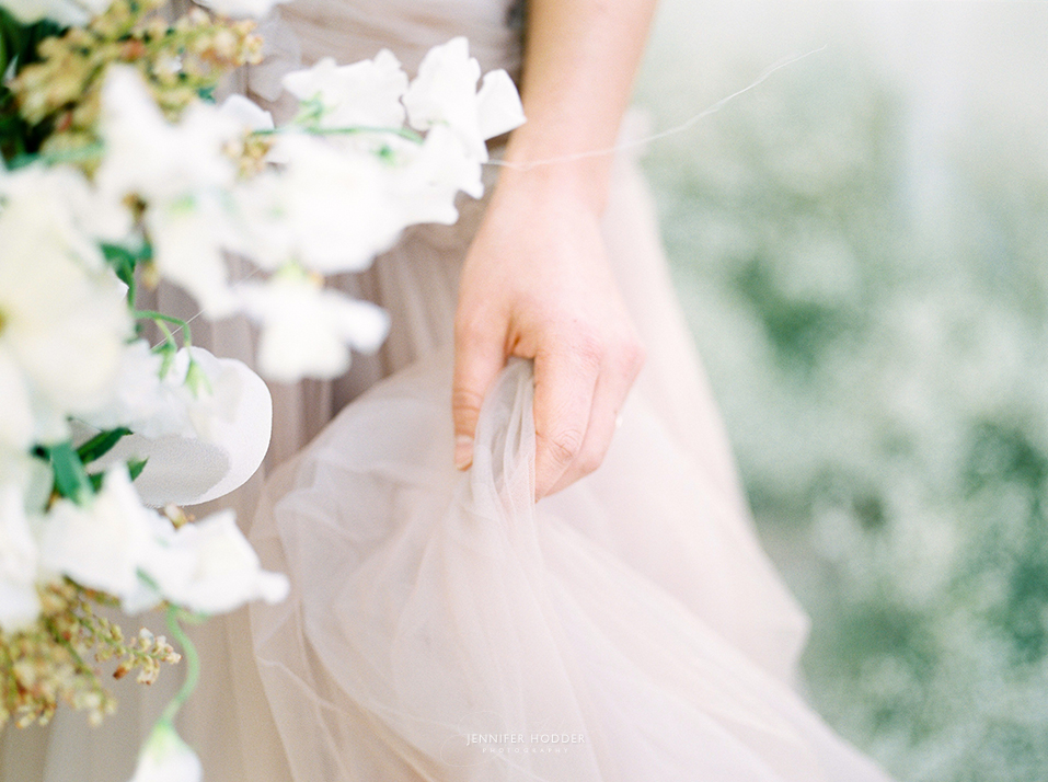 Achromatic White & Crystal Wedding featured on Magnolia Rouge