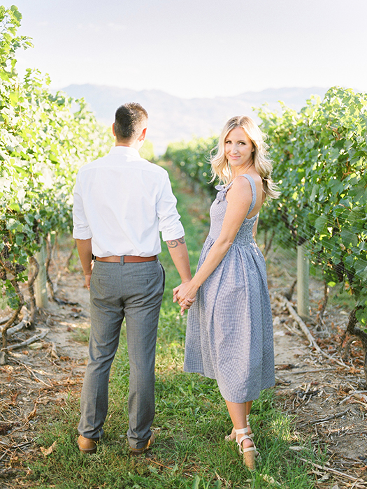 Vineyard engagement photographer